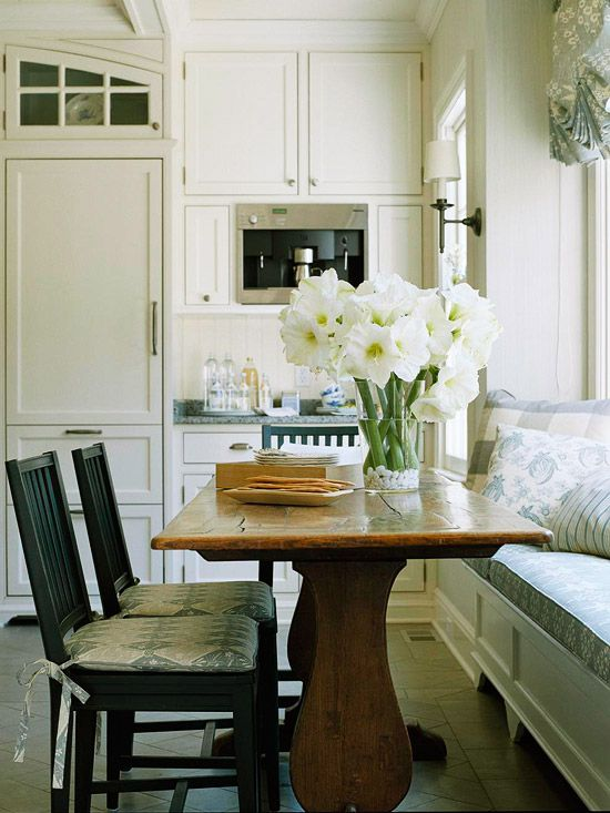 Breakfast table with window bench in the kitchen