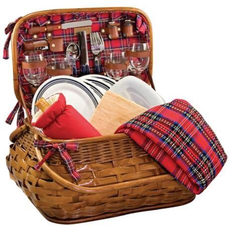 Pretty plaid picnic basket... #need