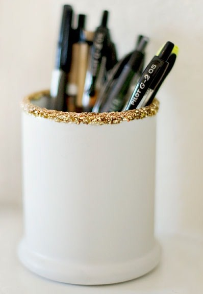 glitter pen holder // photography by Sarah Chic Sprinkles