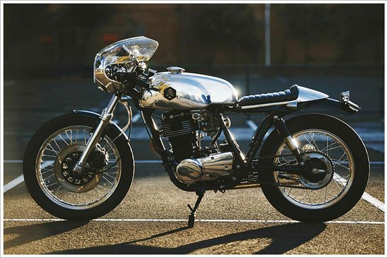 Yamaha SR500 'Manxy Racer' - AddictionCustoms - Pipeburn - Purveyors of Classic Motorcycles, Cafe Racers & Custom motorbikes