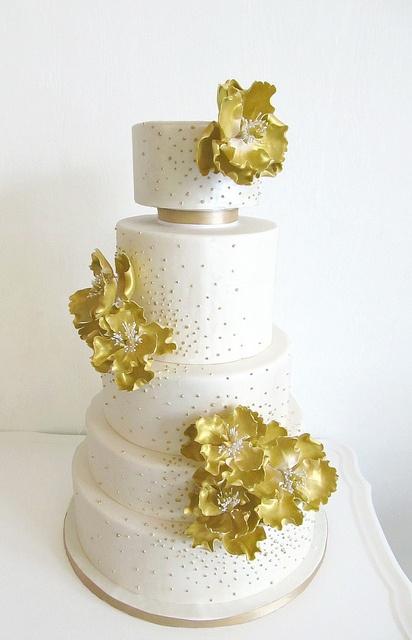 Golden Peonies by Anna Elizabeth Cakes, via Flickr