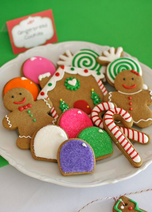 Cute Gingerbread Cookies!!  - glorioustreats.com
