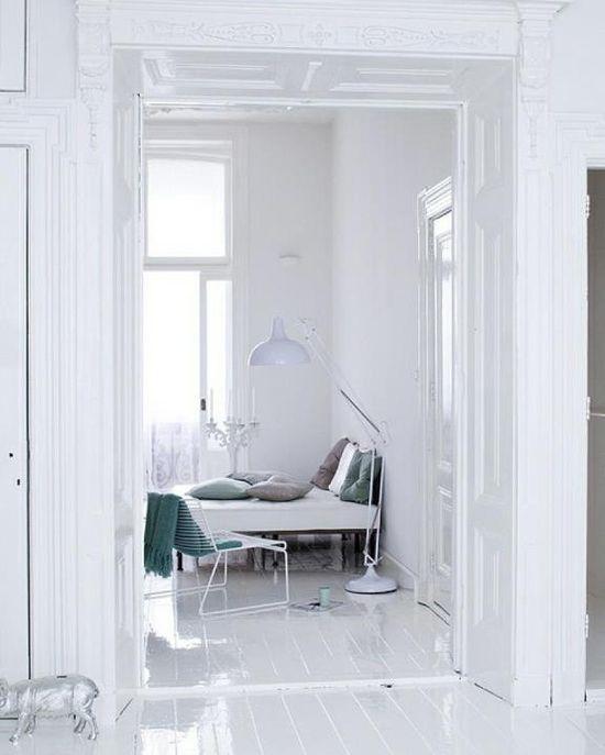 Calm white bedroom