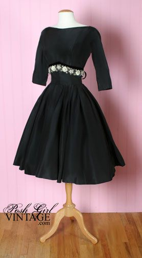 Love the 50's 60's style of dresses.