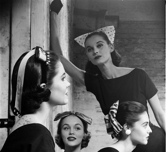 Four lovely bow hat/headband adored vintage hairstyles. #vintage #hair #1950s #1960s #bows