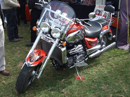 Triumph Rocket III    2300cc Rocket III Motorbike