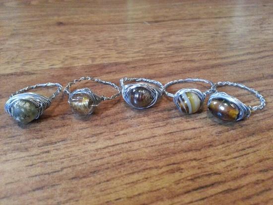 Wire jewelry