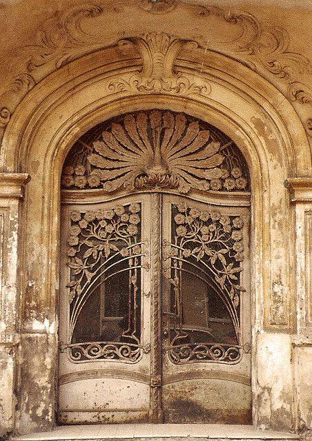 I ? pretty doors. :)