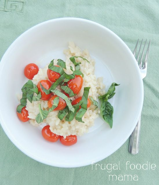 Caprese Risotto- Creamy risotto gets a summertime makeover with the flavors of fresh grape tomatoes, basil, and mozzarella, recipe on thefrugalfoodiema...