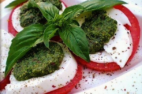 Italian Cuisine on Your Table: Best Caprese Salad Recipe, Cooking Recipes Blog