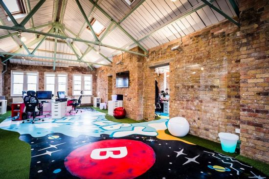 BIZZBY's Colorful and Open London Offices