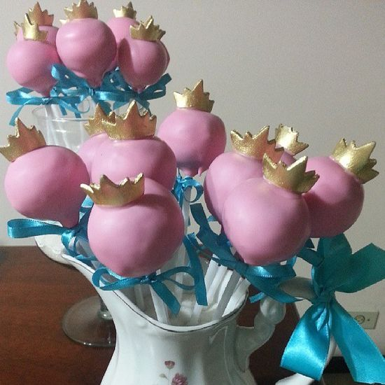 Cake pops at a Princess Party #princess #party