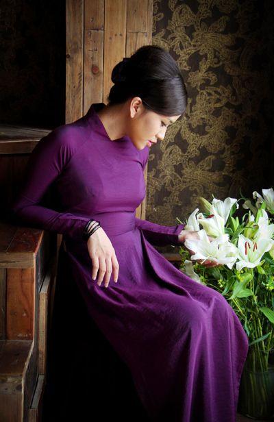 Pretty Simple Purple Ao Dai