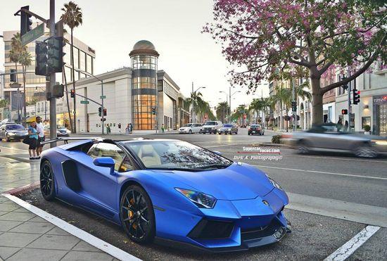 #Lamborghini #Aventador Roadster