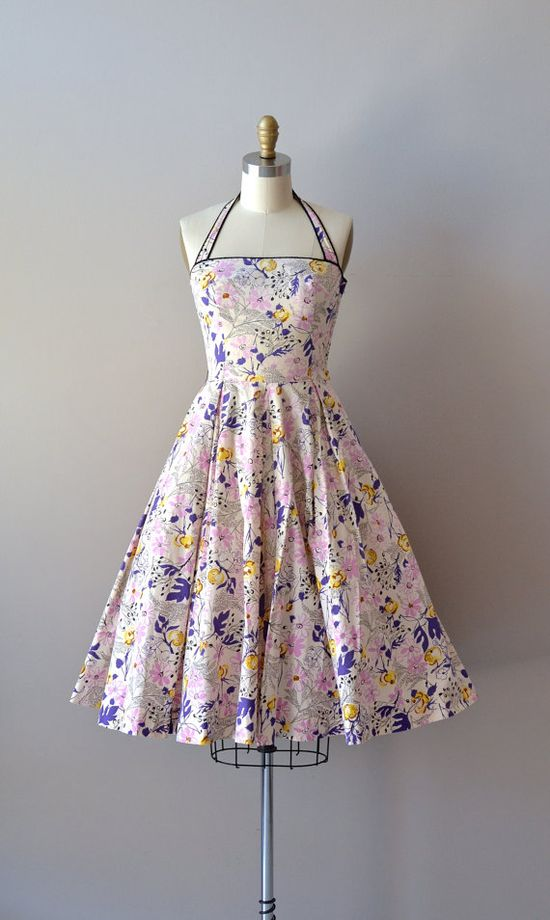 Mayenne Gardens dress #fashion #floral #dress #1950s #partydress #vintage #frock #retro #sundress #floralprint #petticoat #romantic #feminine