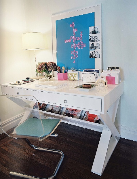 White desk love