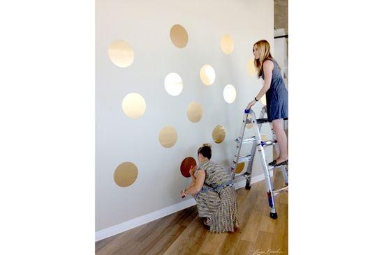 Design DIY: Gold Polka Dot Wall