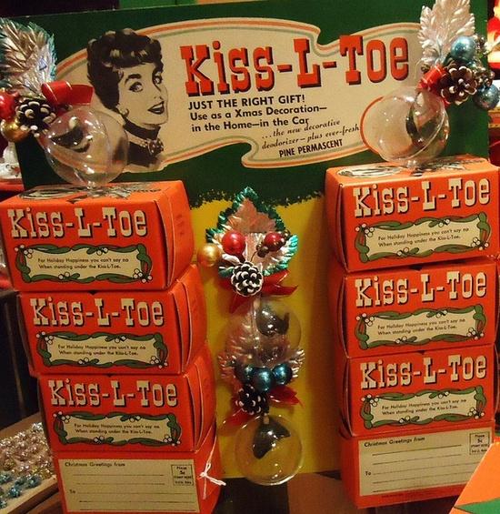 Kiss-L-Toe Corsages!