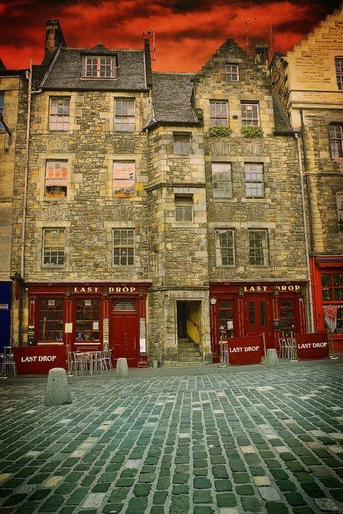 Medieval, Edinburgh, Scotland  photo via ness