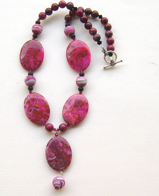 $56.00  Stunning necklace - Lace Agate, Lampwork Glass