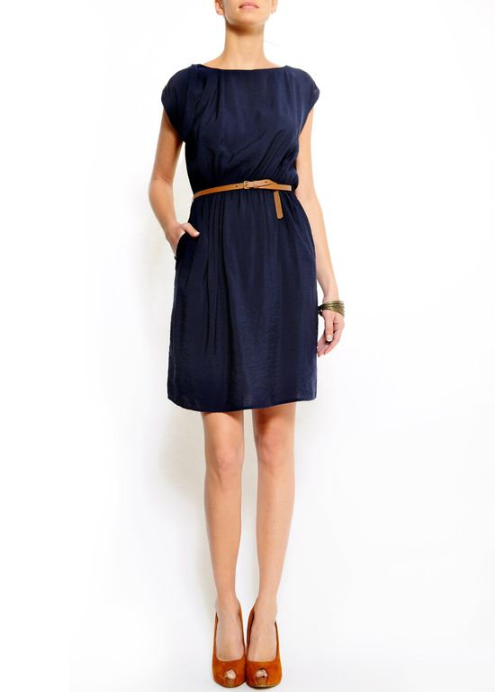Navy and tan, cute dress