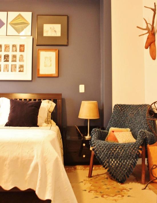 A cozy and elegant décor. #decor #interior #design #bedroom #luxury #casadevalentina