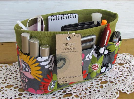 Purse organiser insert! Must have.. gorgeous pattern, great idea from Divide and Conquer etsy shop.