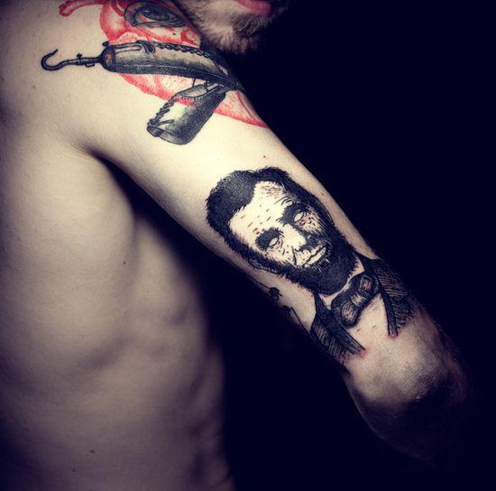 Ien Levin :: tattoo artist