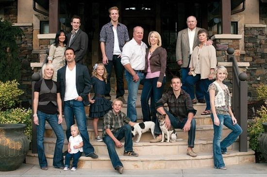Large family pose.