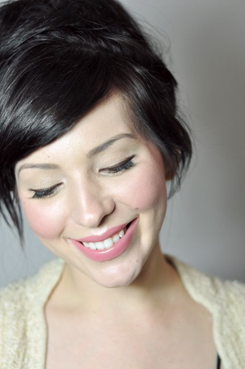 pretty, soft makeup