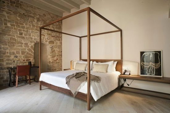 Canopy Bed: Mercer Hotel Interior Designed by Rafael Moneo