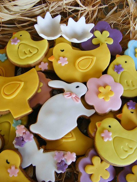 Spring cookies by bubolinkata, via Flickr