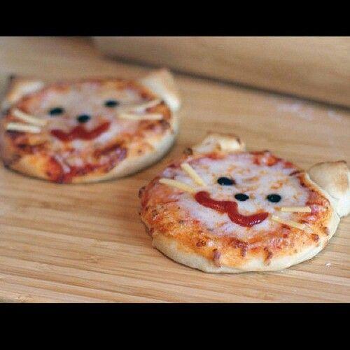 Cute cat pizza.