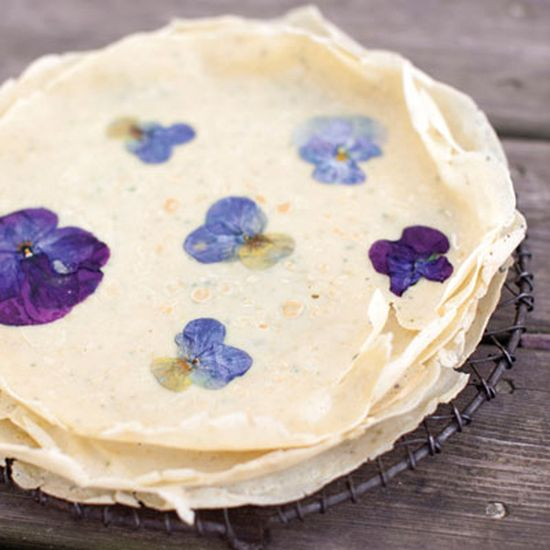 // Crepes with Violets