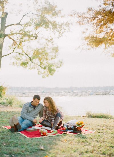 picnic engagement session for our picnic themed wedding / save the date cards