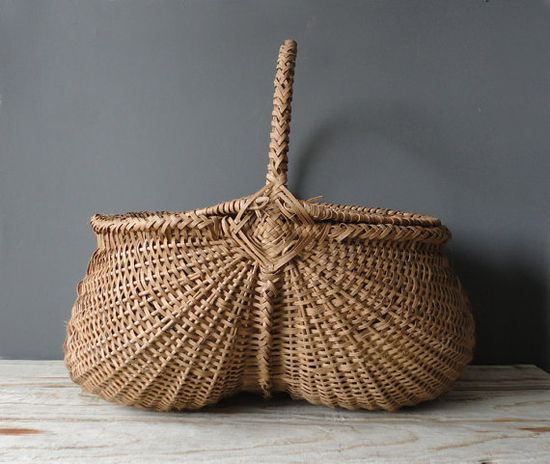 Antique Hand Woven Egg Basket with Lid