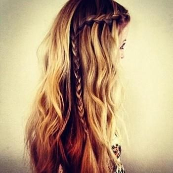 Gathering college hairstyles...braids are on the list!