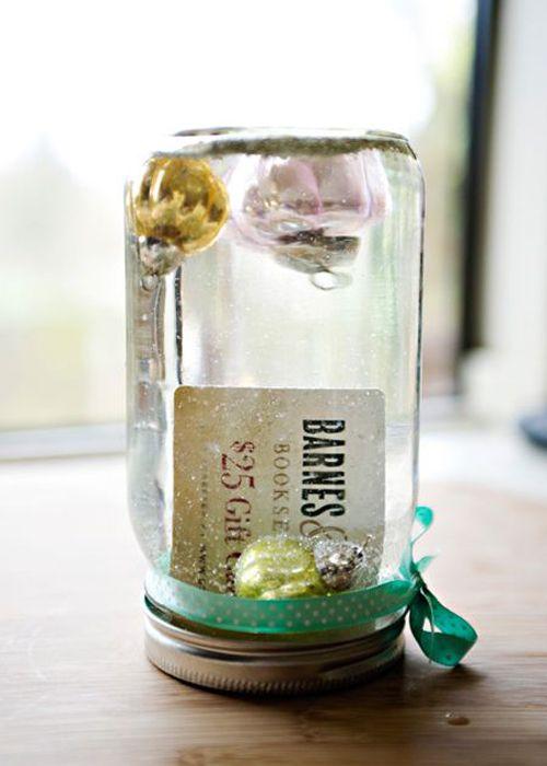 Snow Globe Gift Card in a Jar {cute idea}