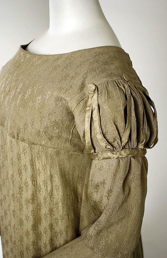 Visiting ensemble ca.1818 American silk