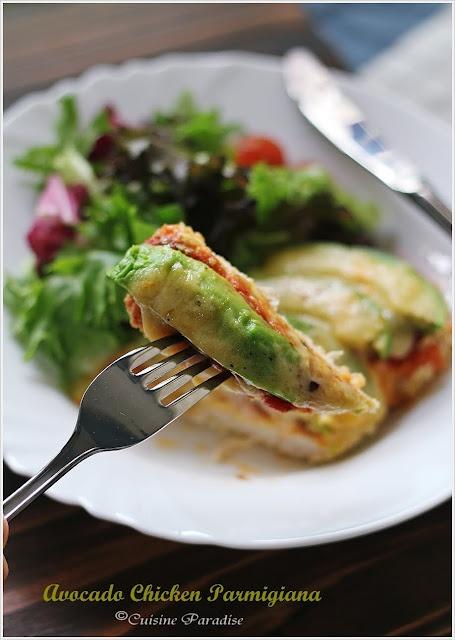 Avocado Chicken Parmigiano by ellenaguan.blogsp... #Chicken #Avocado #ellenaguan