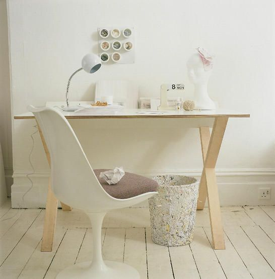 love the Tulip chair and the perpetual calendar