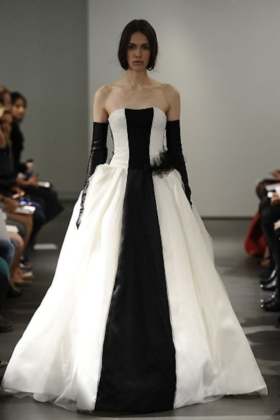 Monochrome #wedding dress by Vera Wang