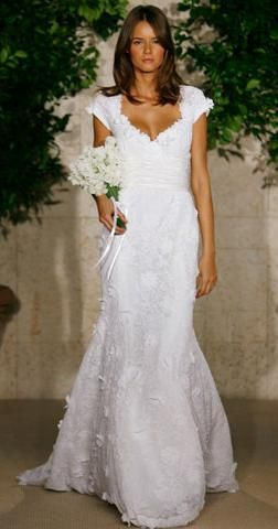 ..love.....classic wedding dresses