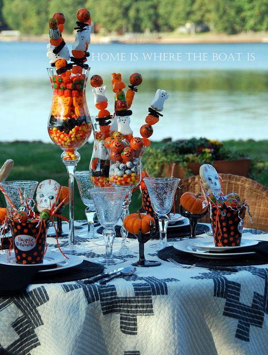 Halloween Treats Tablescape!