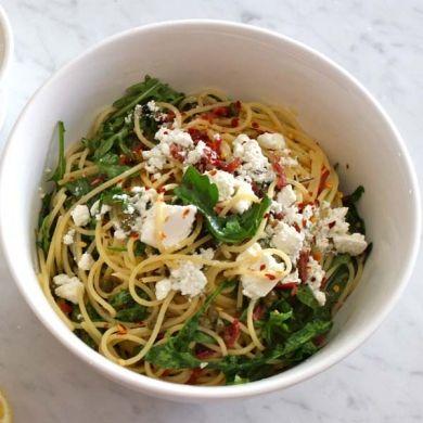 Rocket, Feta and Prosciutto Spaghetti