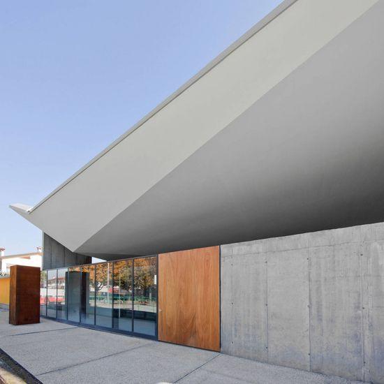 Multipurpose Building / GSMM Architetti - © Michele Gusmeri