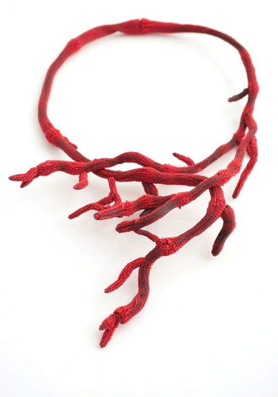 Tzuri Gueta Collier_corail_xl_red  textile and silicone!