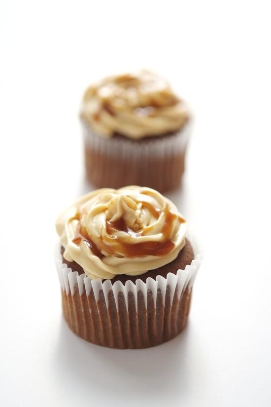 Salted caramel & chocolate cupcakes