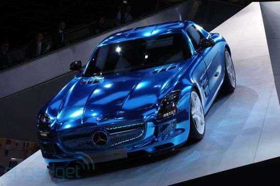 That is one SEXY car and a stunning chrome blue color. Mercedes-Benz SLS AMG Electric Drive