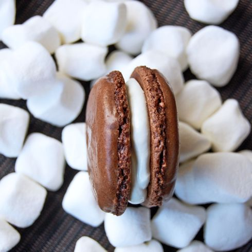Hot chocolate and marshmallow macarons